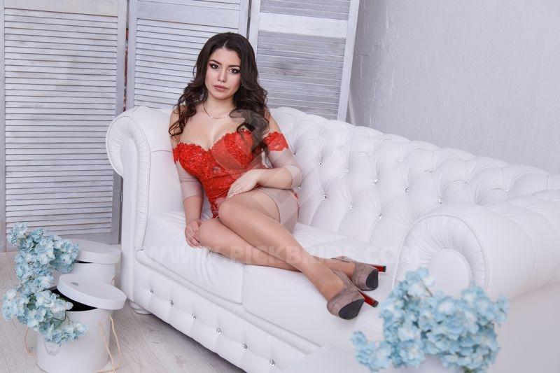Courtney naked boobs vigina
